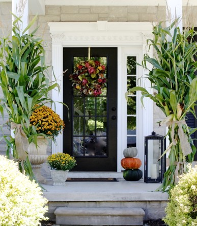 90-fall-porch-decorating-ideas-1